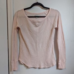AEO baby pink and gold waffle knit long sleeve shirt